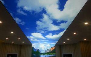 Натяжные потолки небо с подсветкой