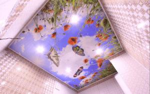 Натяжной потолок с фотопечатью летний луг