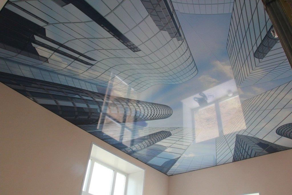 Натяжной потолок двухуровневый с фотопечатью в офисе 17,83 м2