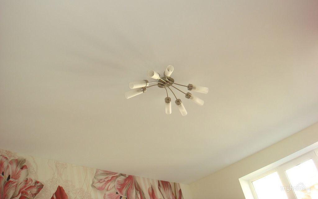 Натяжной потолок тканевый в спальне 12,72 м2